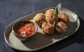 Oxtail croquets